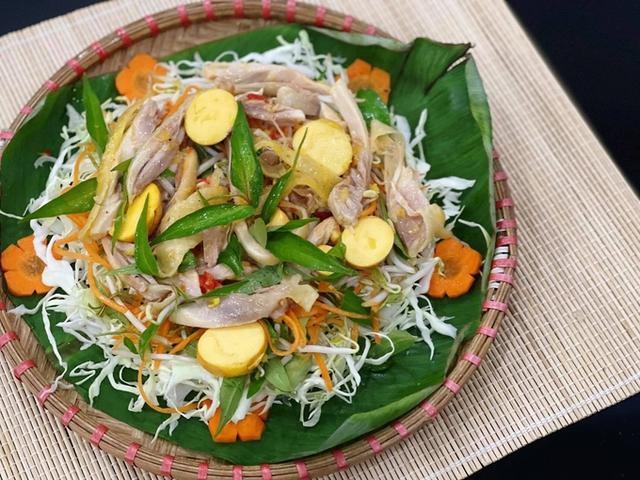 Đơn giản dễ làm món gỏi gà bắp cải - Ảnh 2.