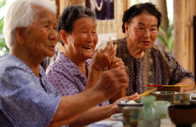 Chuối chín có đặc điểm này người Nhật cực thích vì tác dụng ngừa ung thư đạt đến đỉnh cao, người Việt tưởng hỏng nên thường vứt bỏ - Ảnh 1.