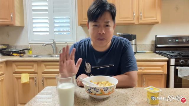 Quang Lê khoe cuộc sống sung túc tại Mỹ: Ăn tôm hùm, mua dàn máy 30 ngàn đô về vứt xó - Ảnh 2.