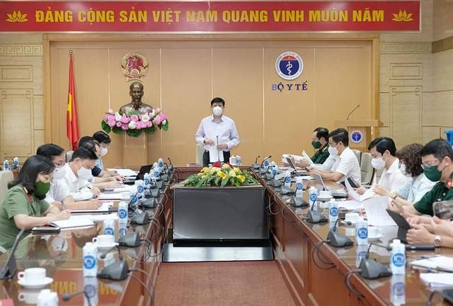 Bộ trưởng Bộ Y tế đề nghị Bộ Quốc phòng cử thêm lực lượng hỗ trợ Tiền Giang, Kiên Giang chống dịch  - Ảnh 1.