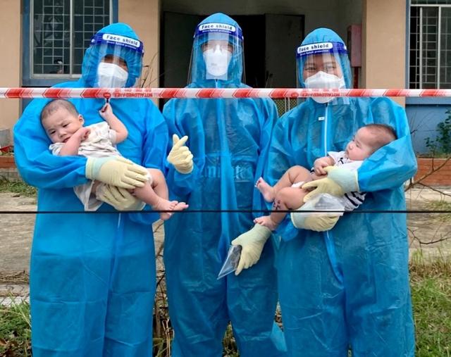 Rơi nước mắt chuyện của hai em bé F0 bị bỏ rơi và đêm trắng của những ông bố, bà mẹ 9X - Ảnh 3.