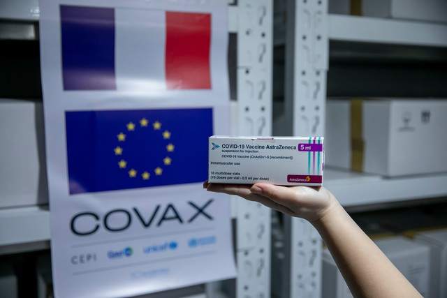 Việt Nam tiếp nhận gần 1,5 triệu liều vaccine COVID-19  - Ảnh 1.
