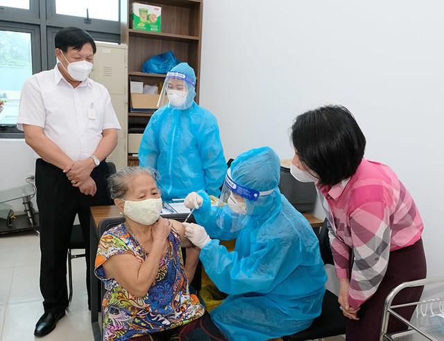 Sau đợt tổng xét nghiệm, Hà Nội cần đánh giá mức độ nguy cơ từng vùng - Ảnh 1.