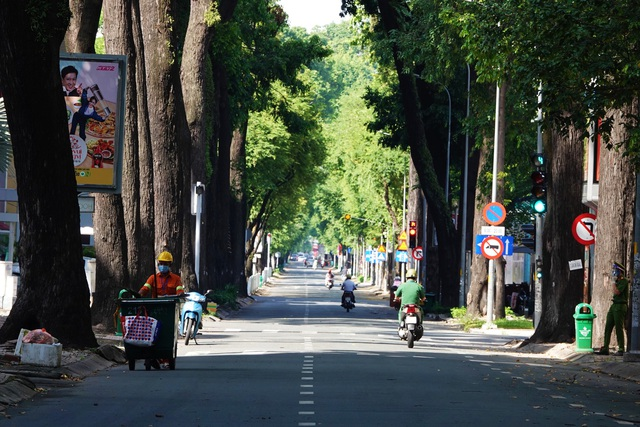Sáng 15/9: Thẻ xanh COVID-19 là gì? Thành phố nào vừa cho phép nhà hàng, quán ăn, cơ sở làm đẹp hoạt động? - Ảnh 3.