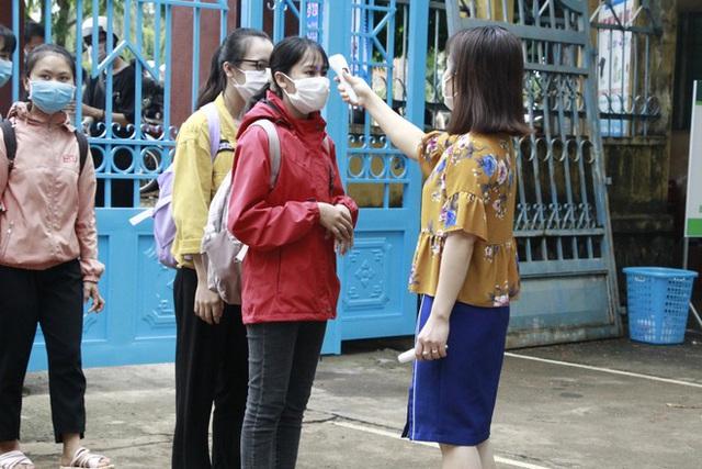Đắk Lắk: Học sinh THCS,THPT vùng xanh đến trường học từ hôm nay - Ảnh 1.