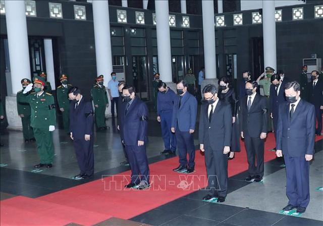 Lãnh đạo Đảng, Nhà nước viếng Đại tướng Phùng Quang Thanh  - Ảnh 8.