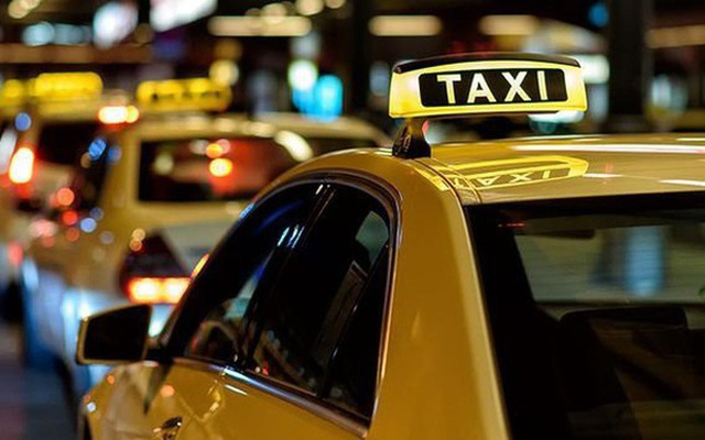 Vị khách lạ đẩy tài xế taxi vào vòng lao lý sau câu nói kiếm nhiều tiền  - Ảnh 1.