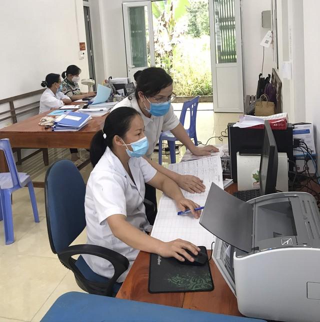 Cao Bằng tổ chức giám sát công tác đổi sổ A0 tại Hà Quảng - Ảnh 2.