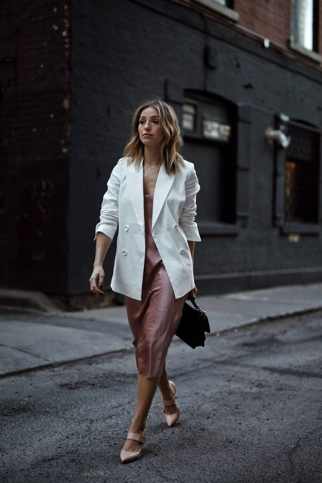 Chỉ một chi tiết rất nhỏ nhưng đủ để bạn chọn đúng kiểu blazer chuẩn đẹp, tôn dáng nhất - Ảnh 10.
