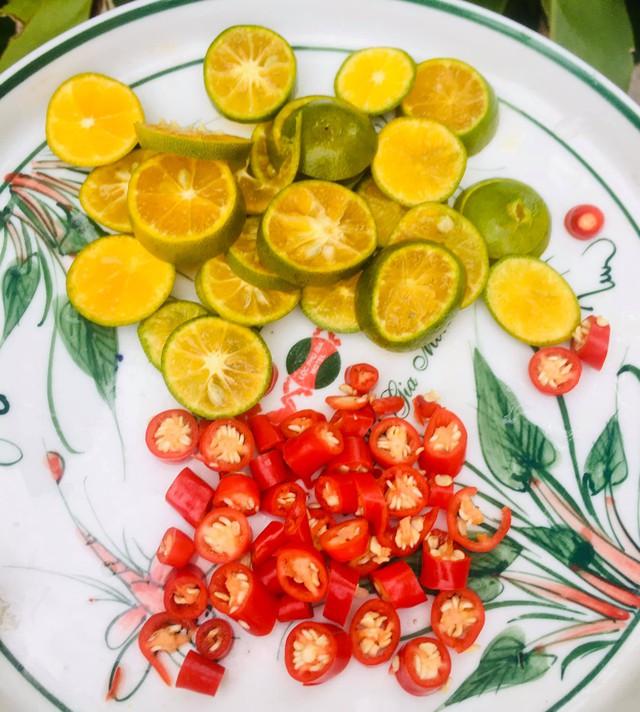 Chân gà sốt Thái làm thế này, vừa dễ vừa nhanh, chua ngọt giòn cay đủ vị  - Ảnh 3.