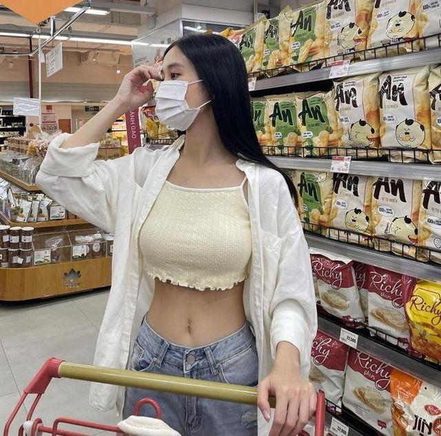 Jun Vũ eo bé bằng nắm tay - Thiều Bảo Trâm sexy tuổi 27 - Ảnh 4.