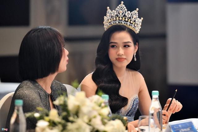 Hoa hậu Đỗ Thị Hà: Đã 4 tháng tôi không có thu nhập - Ảnh 4.