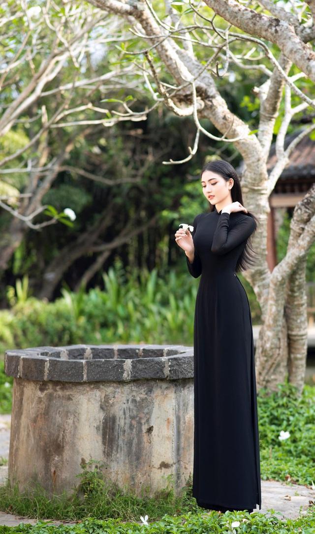 Hoa khôi Thùy Trang: Chừng nào Sài Gòn hết dịch, con về thăm nhà  - Ảnh 8.