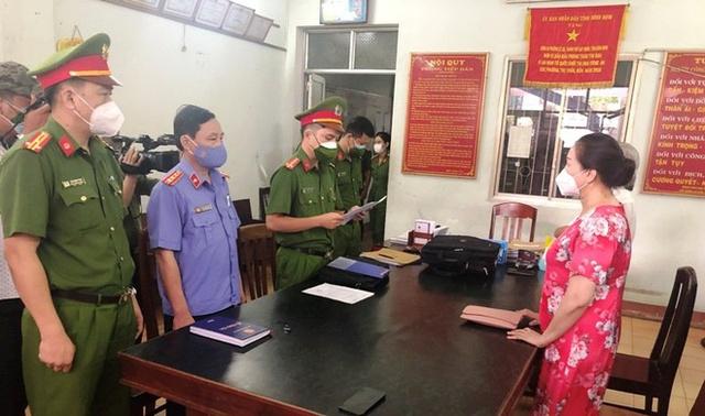 Nữ doanh nhân bất động sản ở Quy Nhơn bị bắt - Ảnh 1.