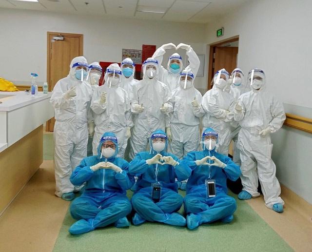 Cán bộ y tế Quảng Bình sát cánh cùng bệnh nhân COVID-19 ở TP Hồ Chí Minh - Ảnh 5.