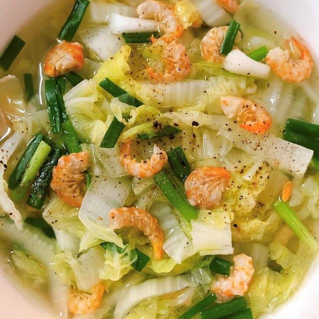 Không muốn tăng cân thì cứ nấu ngay bát canh này thay cơm cho bữa tối: Vừa ấm bụng, vừa đủ chất! - Ảnh 4.