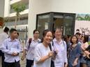 Thi tuyển lớp 10 tại Hà Nội: Một số học sinh chọn phương [...]</p>                        </div> </div> <div class=