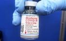 Những điều cần biết khi tiêm vaccine Moderna phòng COVID-19