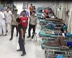Côn đồ nghi cầm súng tự chế bắn nhân viên an ninh bệnh viện