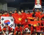 Việt Nam chiến thắng, 'cô San' Diệu Hương cùng nhiều sao hải ngoại gửi lời ngọt ngào đến đội tuyển