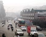 """Hà Nội ô nhiễm không khí mức nguy hiểm kéo dài, dân """"bất lực"""" chờ mưa?"""