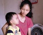 Cơ cực mẹ đơn thân ung thư giai đoạn cuối bên con trai 6 tuổi