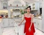 Vợ Đăng Khôi khoe căn bếp trong biệt thự mới, nhìn vào đến chị em hội nhà giàu cũng phải ngất ngây