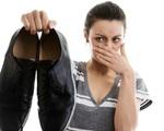 Hôi giày thực sự là một 'vấn nạn' khiến nhiều người xấu hổ trước đám đông, mẹo vặt này sẽ giúp bạn khử mùi hiệu quả