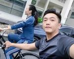 """Cường Đô La khoe ảnh """"trốn con"""" đi hẹn hò riêng với vợ, vóc dáng sau sinh của Đàm Thu Trang vô tình lộ rõ"""