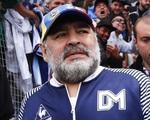 'Cậu bé vàng' Maradona ngã đập đầu và bị bỏ mặc ba ngày trước khi qua đời?