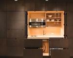 Những căn bếp nhìn vào không thấy một đồ đạc gì nhưng ai cũng phải mê mẩn
