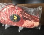 Thịt bò 'ngủ đông' tuy đắt nhưng vẫn hút khách mua bởi cách nuôi và giết thịt cực kì khác biệt
