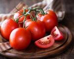 Bất ngờ khi cà chua không thể ăn cùng loại khoai quen thuộc này