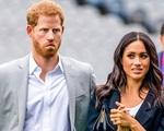 Hoàng tử Harry bị Nữ hoàng Anh nói một câu sắc bén khiến dân mạng hả hê