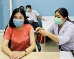 """Bác sĩ BV Chợ Rẫy chia sẻ """"từ A đến Z"""" về tiêm vaccine COVID-19"""