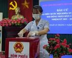 Hình ảnh bác sỹ, công an, quân đội, F1 đi bầu cử sớm tại Bắc Ninh