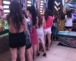 Các bé gái dưới 16 tuổi bị lừa làm nhân viên massage,karaoke vì hay đăng ảnh 'sống ảo' trên mạng xã hội