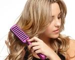 Bỏ ngay thói quen chải tóc từ gốc xuống ngọn đi, đọc lý do bạn sẽ thấy đó là sai lầm tai hại đến nhường nào