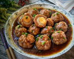 Thịt lợn băm ra kết hợp với nguyên liệu này, vo viên lại rồi sốt lên vừa ngon nhức nách, vừa bổ vừa thơm