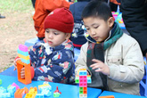 Dạy trẻ phát triển tài năng (2): Trẻ thích đánh trống, đừng bắt học đàn piano