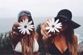 6 điều tuyệt đối không nên chia sẻ với bạn bè