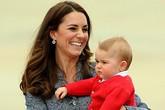 Hoàng tử bé nước Anh rất thích vẽ tranh giống mẹ