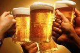 Uống bia bị nhiễm độc tại đám tang, 56 người chết