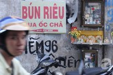 """Ở Sài Gòn, một ngày không có tiền bạn vẫn sống """"vô tư"""""""