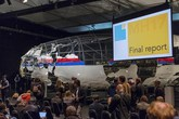 Cận cảnh chiếc máy bay MH17 sau khi được phục dựng