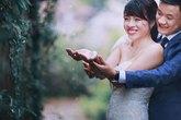 """Bộ ảnh cưới """"dưới trời mưa bão"""" độc - đẹp và lạ mắt của cặp đôi Hà thành"""
