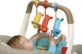 Bé 1 tuổi ngưng tim, ngưng thở vì nuốt mẩu đồ chơi