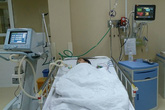 Mổ soi ổ bụng cứu bé 8 tuổi vỡ ruột thừa