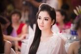 Vẻ đẹp phúc hậu đi vào lòng người của HH Nguyễn Thị Huyền