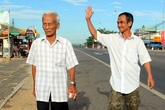 Huỳnh Văn Nén và cha già trắng đêm chờ giây phút được xin lỗi